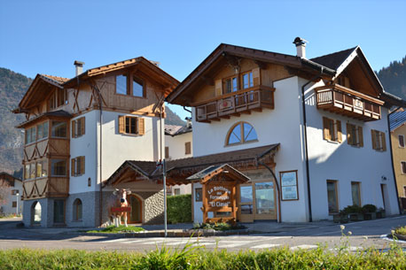 Case In Tronchi Di Legno Trentino : Case in legno case prefabbricate case ecologiche in legno bio